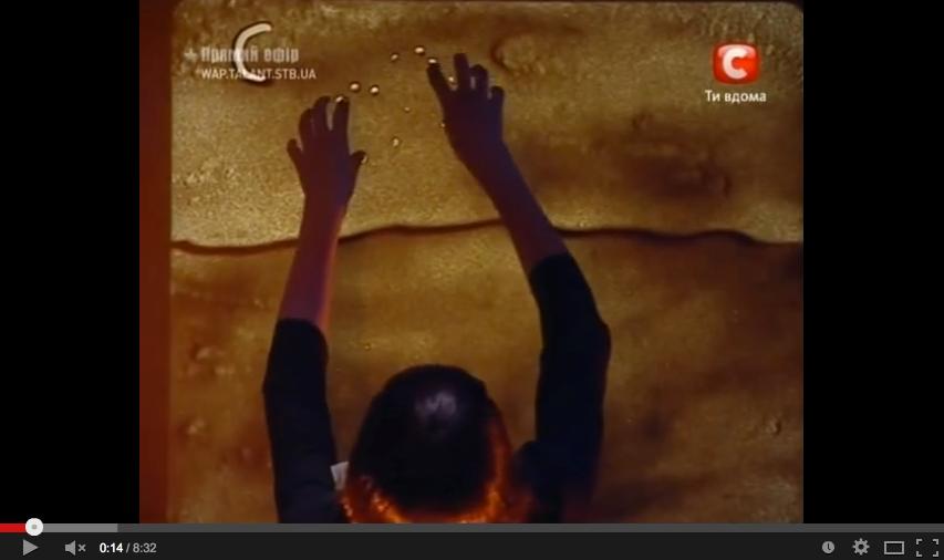 Nouvelle vid o pour se mettre les poils kseniya simonova for Peinture avec du sable